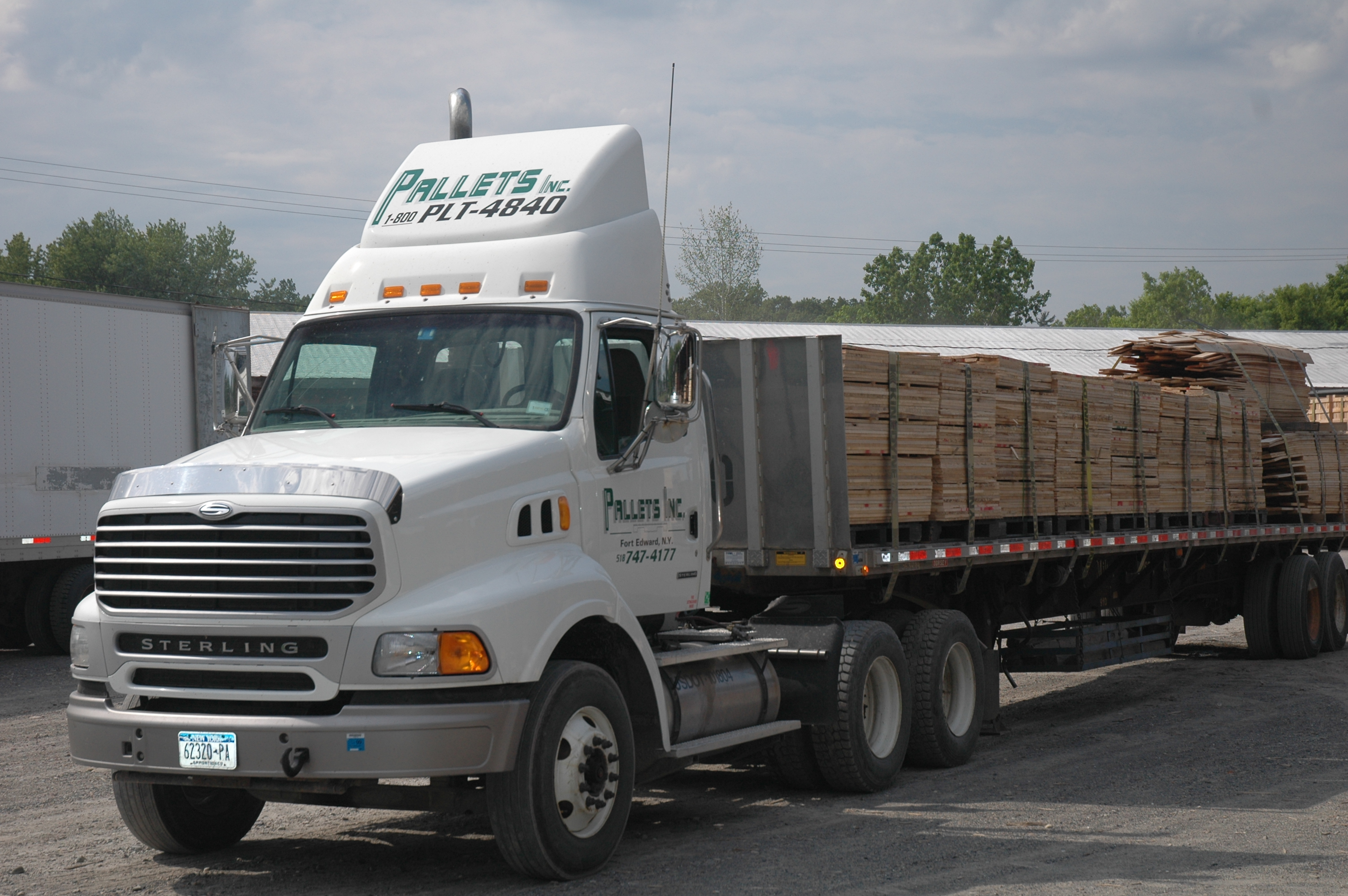 Industry news about wood pallets and skids.